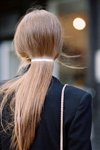 lage paardenstaart haarspeld