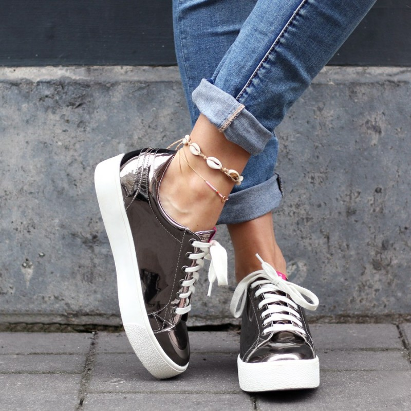 christmas outfit inspiratie sneakers