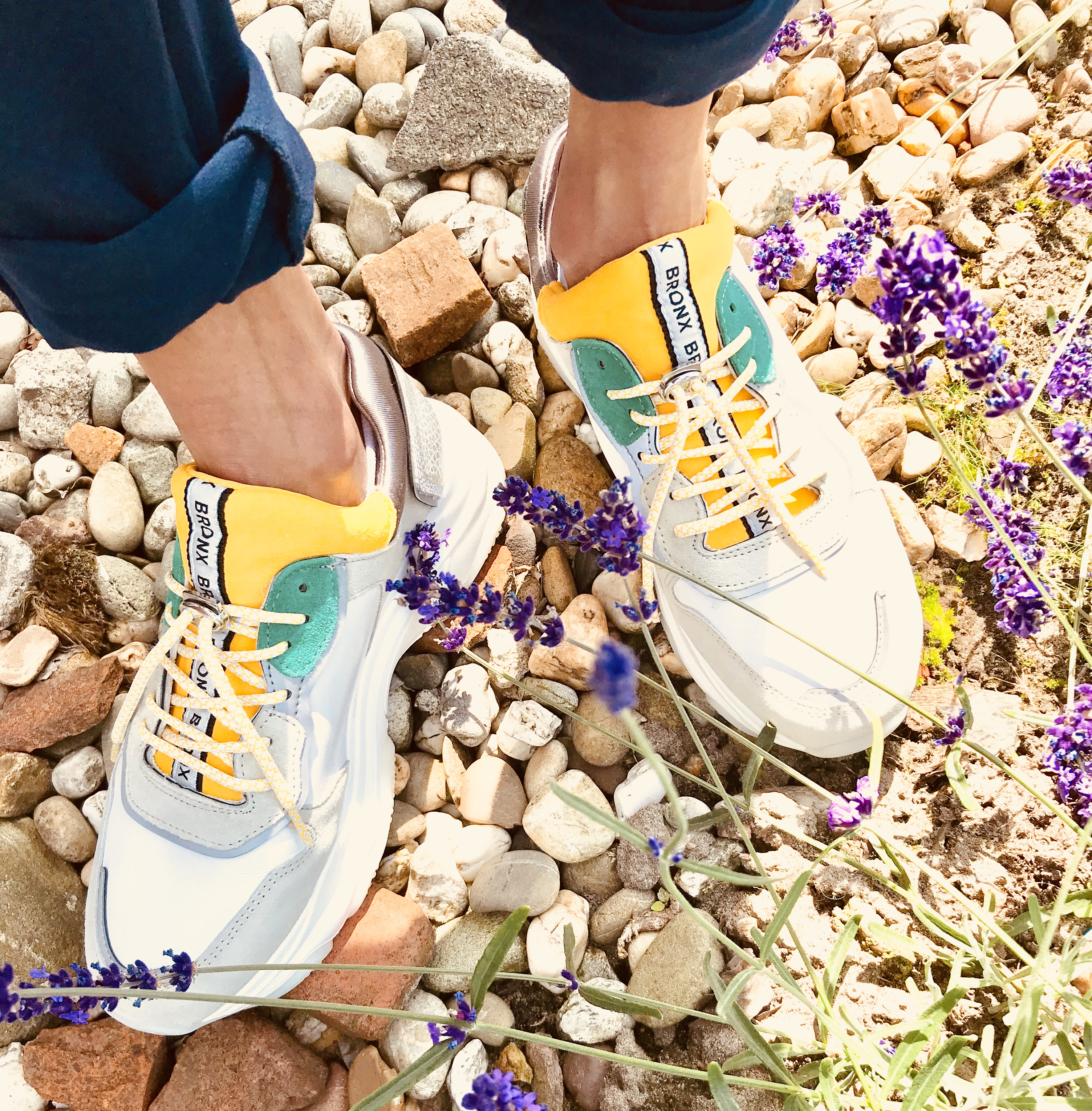 Dad sneakers: love for big runnig shoes