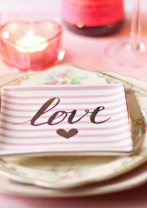 Zo versier je een kersttafel: inspiratie & tips