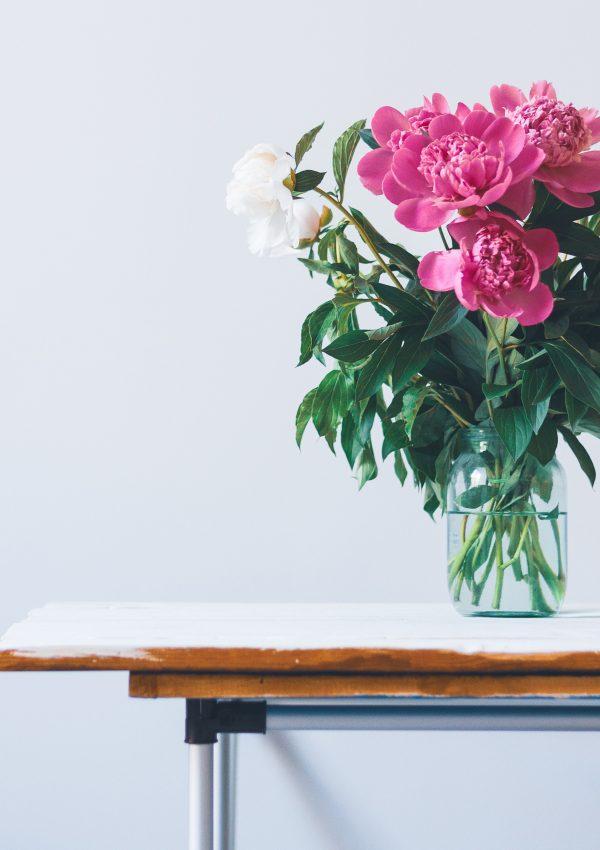 5 redenen om bloemen in huis te halen
