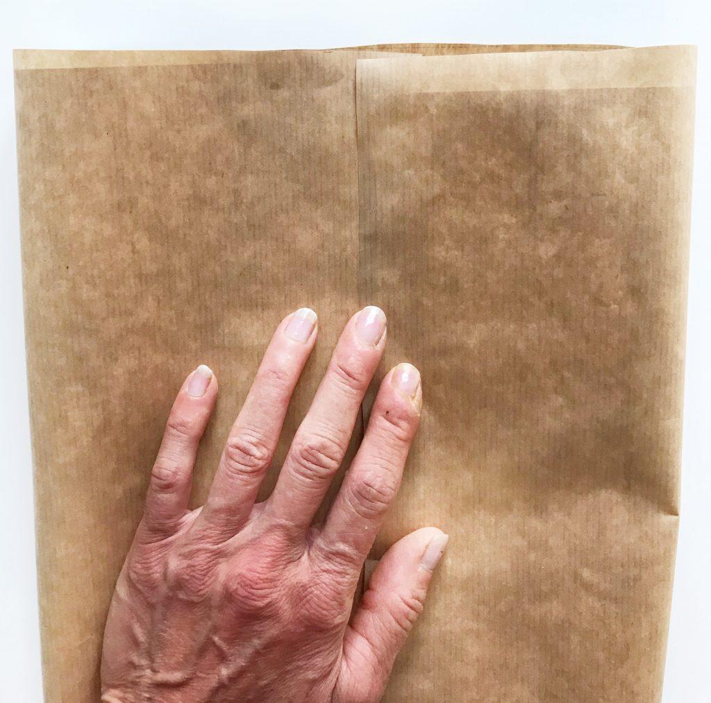 plantenzak van papier maken