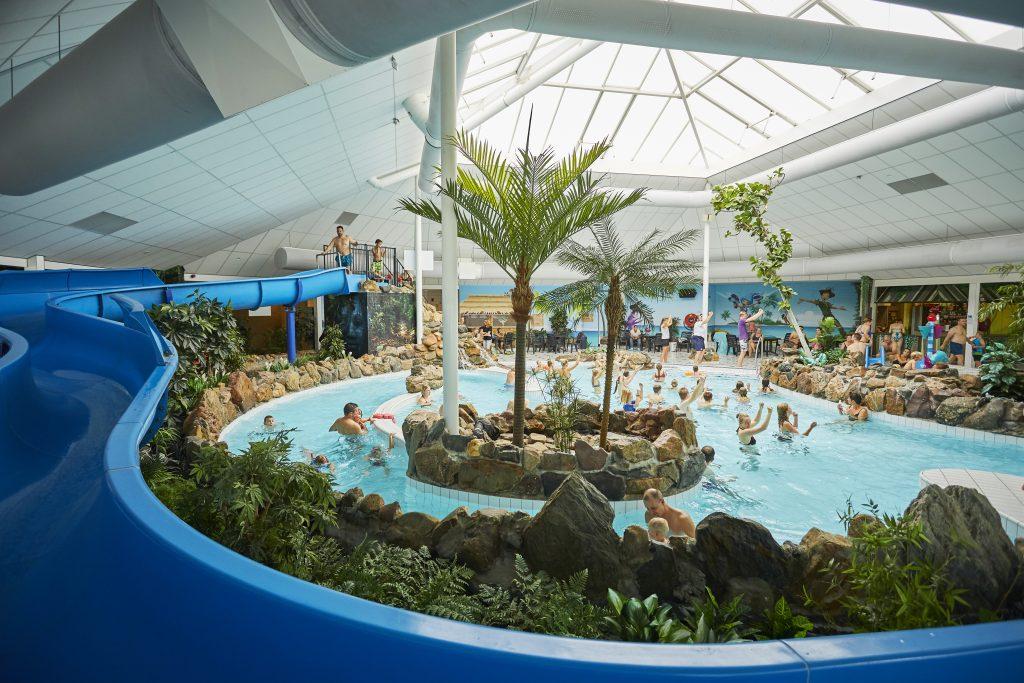 kamperen zwembad de luistert